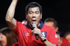 Be like the president of Philippines: He stopped worrying when he met online gambling